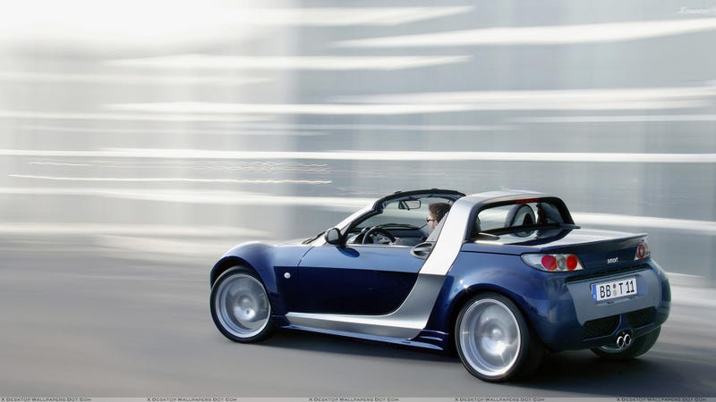 Dear Smart & Renault, Please Bring Back The Roadster and the Wind