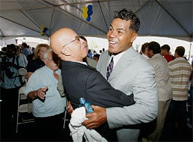 Junior Seau, Paragon Of Taste And Virtue