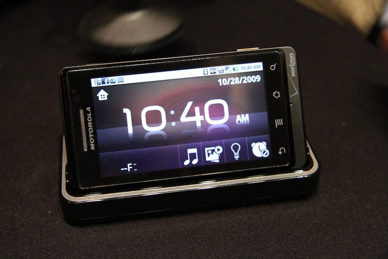 Motorola Droid First Hands On: It's a Terminator