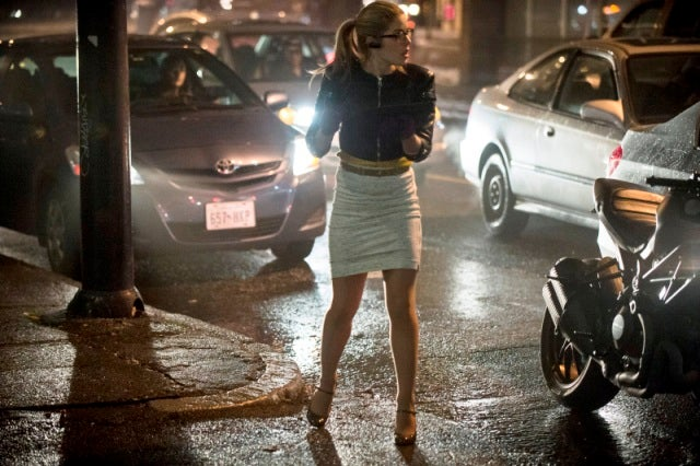 Felicity gets her groove back on Arrow