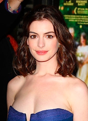 Anne Hathaway Has A New Unsavory Boyfriend