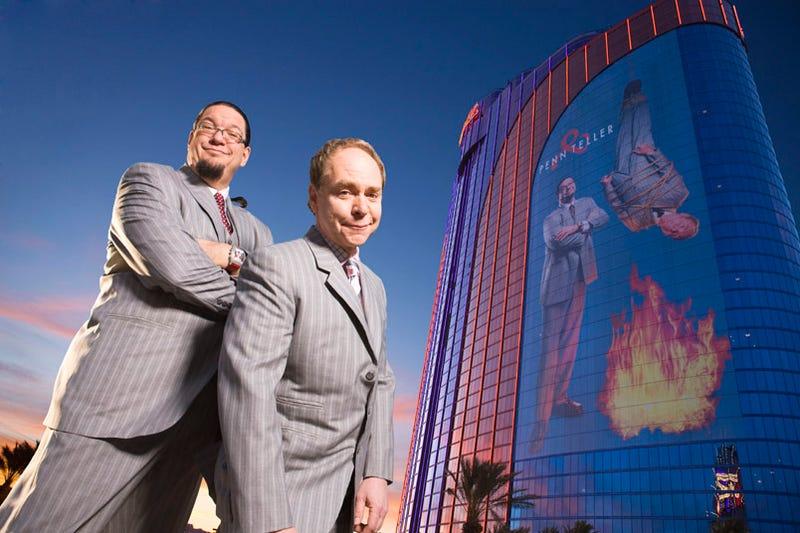 Penn & Teller Wrap Hotel in 27,000 Sqft. Image of Themselves