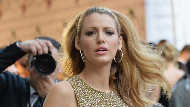 Blake Lively Attacked by Bees