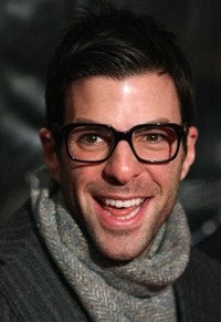 Hollywood PrivacyWatch: Zachary Quinto Begging Edition!