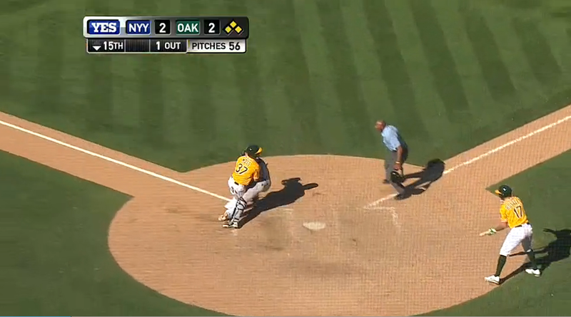 Chris Stewart Holds On After Collision At Plate, Extends Extra Innings
