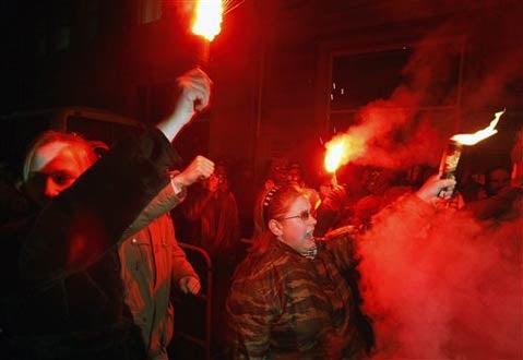 Crippled 'Baltimore Sun' Spikes Final Moscow Lament
