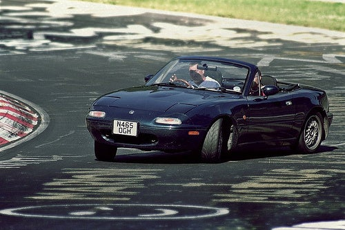 Miata catching oppo on the Ring?