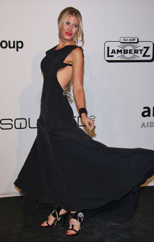 Glamour & Quirkiness At Milan amfAR Gala