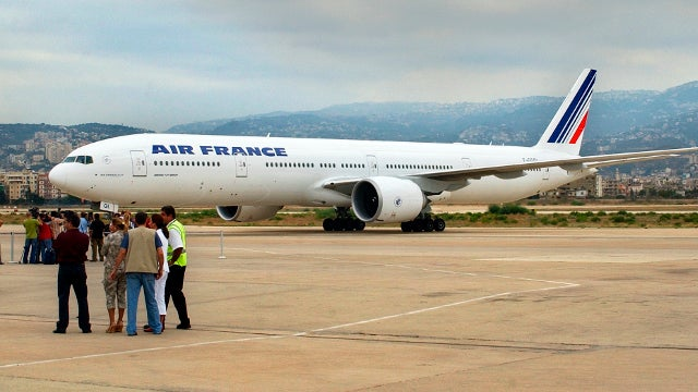 Passengers Aboard Air France Flight Asked to Chip in for Plane Fuel