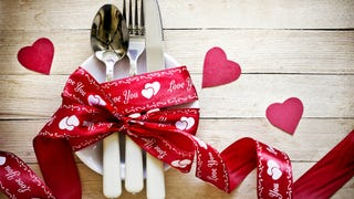 Woman Sues Restaurant For $100,000 For Bad Valentine's Day Service