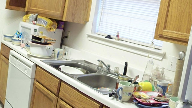 Do a Gross-Out Audit of Your Habits Before Moving In with Someone