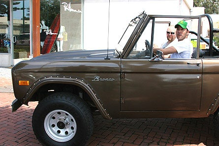 Jeremy Piven Drives A Ford Bronco
