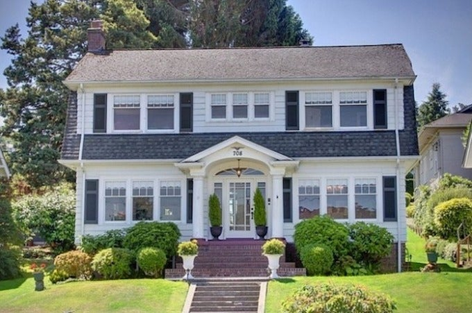 Want to Give Your Real Money to Turn the Twin Peaks House Into a B&B?