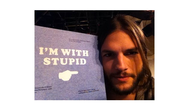 Ashton Kutcher Apologies For Twitter Debacle With 'I'm With Stupid' Sign