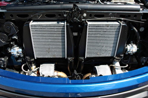 Hennessey VelociRaptor 600: Engine Photos