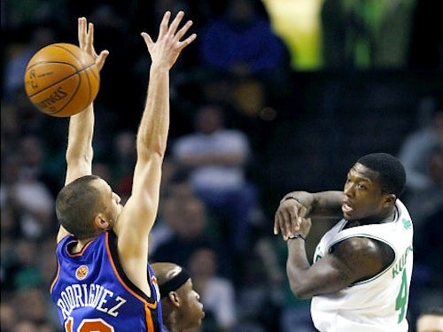 "Here's Your ""The Battle For Nate Robinson's Tiny Soul"" Knicks-Celtics Open Thread"