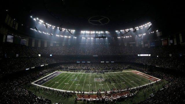 "Super Bowl Blackout Caused by ""Abnormality"" That Led to a Breaker Freakout"