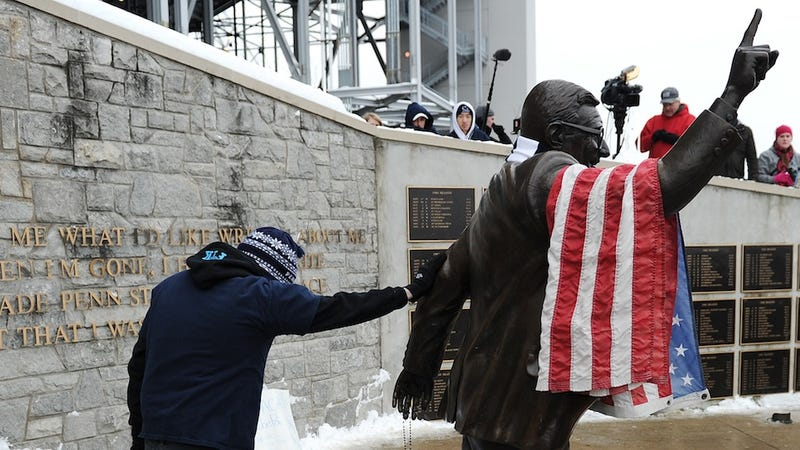 Paterno Family Statement Blames Everyone But Joe Paterno, Who Is To Blame
