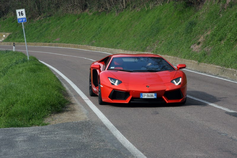 The Most Surreal Drive Of My Life Was In A Lamborghini Aventador