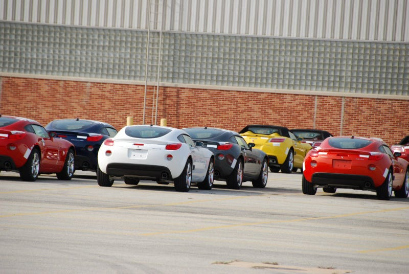 2009 Pontiac Solstice Coupes Apparently Rolling Off Assembly Line