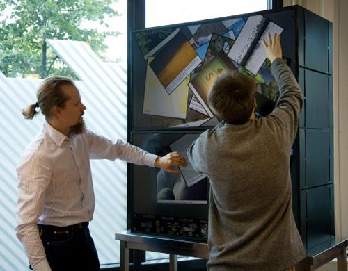 MultiTouch Cell Can Play Tom Cruise as Big as You'd Like