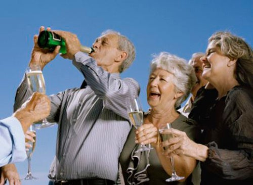 Study: Heavy Drinking Makes Arthritis Relatively Painless