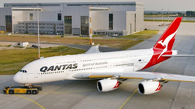 Qantas Indefinitely Grounds Its Entire Fleet