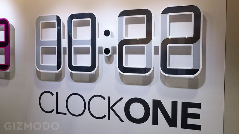 A Giant e-Ink Digital Clock Powered By a Tiny Watch Battery