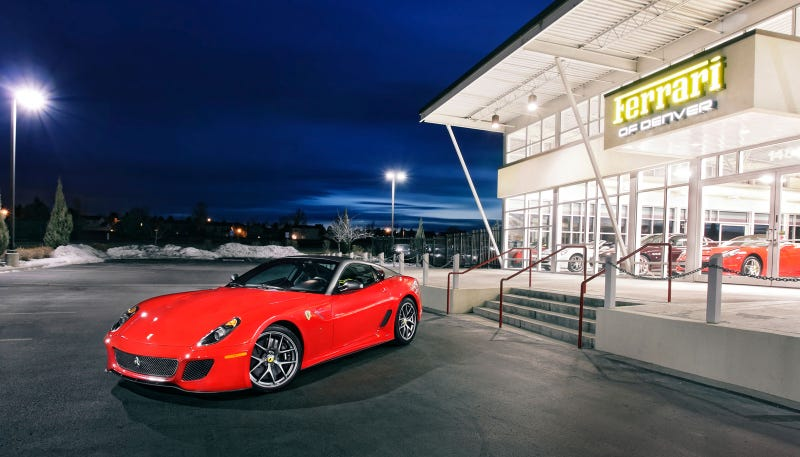 Your ridiculously red Ferrari 599 GTO wallpaper is here