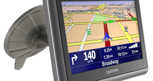 TomTom Go x40 LIVE Lets Users Inform Each Other Of Speed Traps, Uses Cell Phone Position Data to Map Traffic