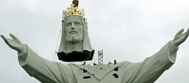 The World's Biggest Jesus Gets His Head