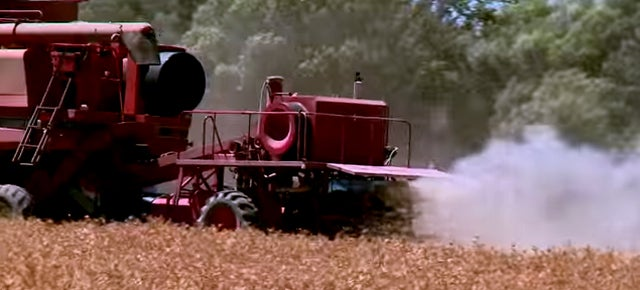 This Machine Destroys Seeds of Nasty Mutant Weeds In the Combine