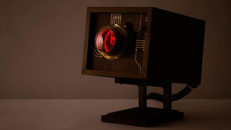 This Sci-Fi Sexy Custom PC is Nothing But Love