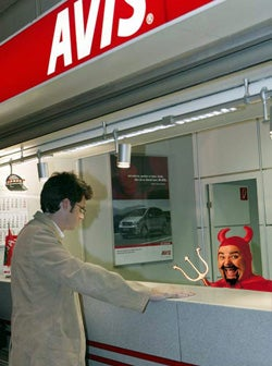 """Avis Promotes European """"Three-Minute Guarantee,"""" Prepares To Hand Out Lots Of Vouchers"""