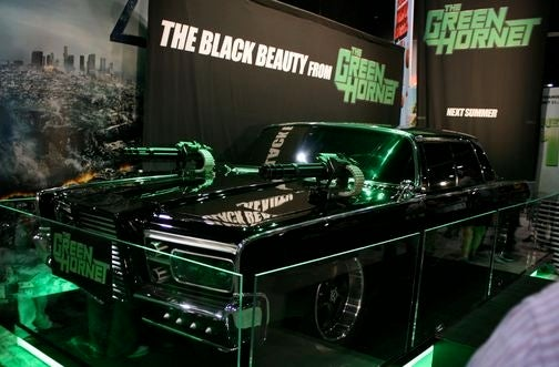 Green Hornet's Black Beauty Drops Cloth At Comic Con
