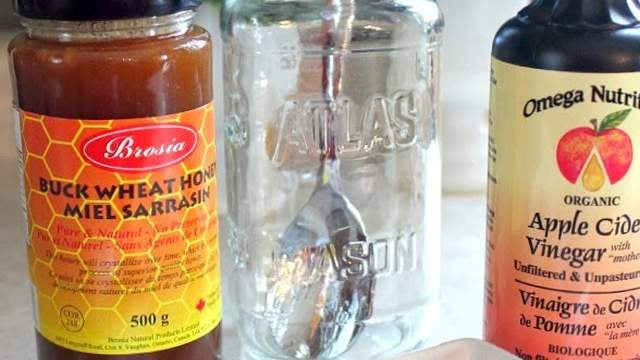 Treat Sore Throats and Coughs with this DIY Syrup