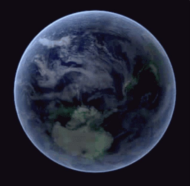 NASA Captures Footage of South Pole During Aurora, Makes a GIF