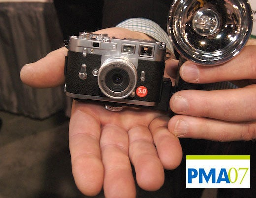 PMA 07: Minox Leica M3 Replica of a Classic Updated