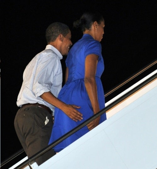 Obama in Wanton Public Buttock-Caress