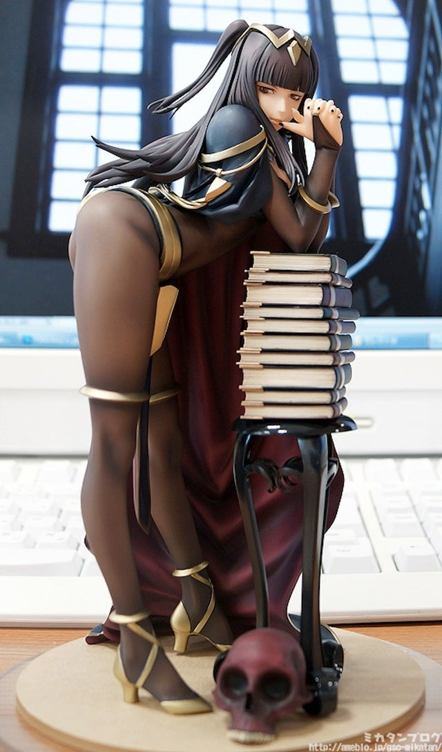 Awesome Fire Emblem Tharja Figure Is Now Finished, Still Awesome