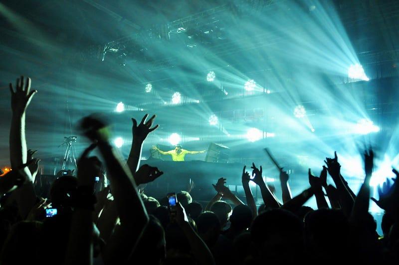 Algoraves, las fiestas geek en las que los DJ son programadores
