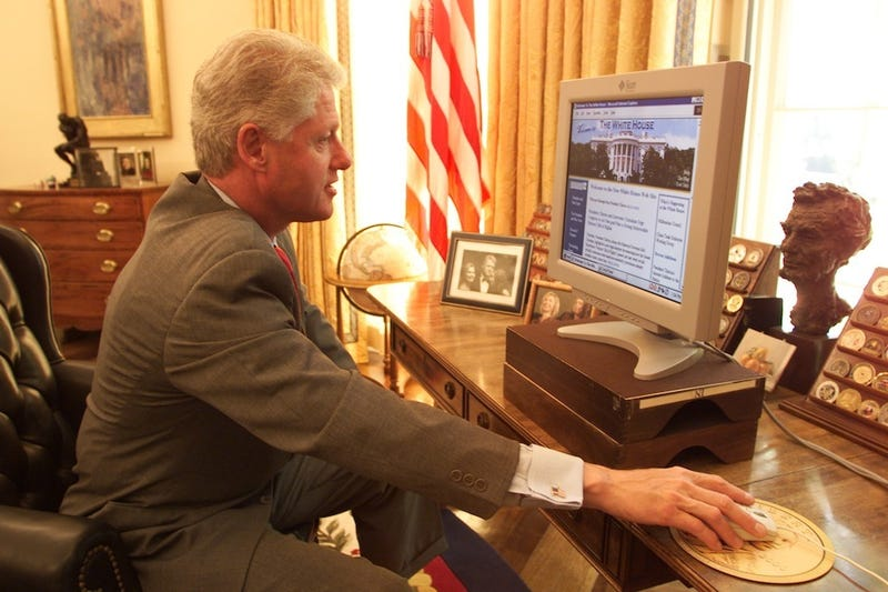 The Two Emails Bill Clinton Sent During His Presidency