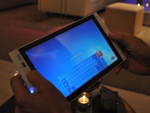 Archos 9 Hands On Gallery