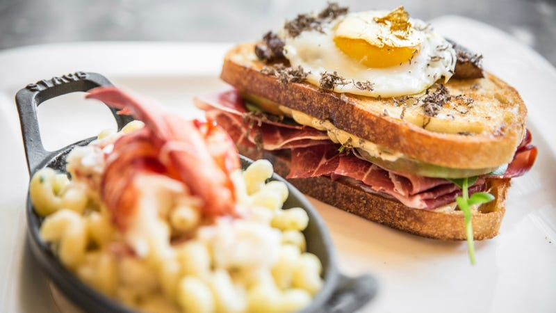 There's a Restaurant in Chicago Selling a $100 Grilled Cheese Sandwich