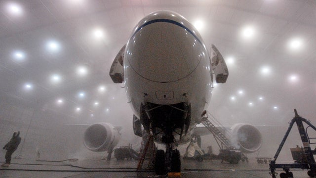 Manufacturers Test New Planes At Extreme Temperatures In Florida