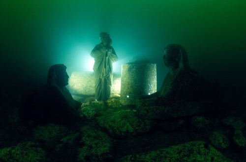 See the Submerged Ruins of Cleopatra's Palace in Egypt's Underwater Museum