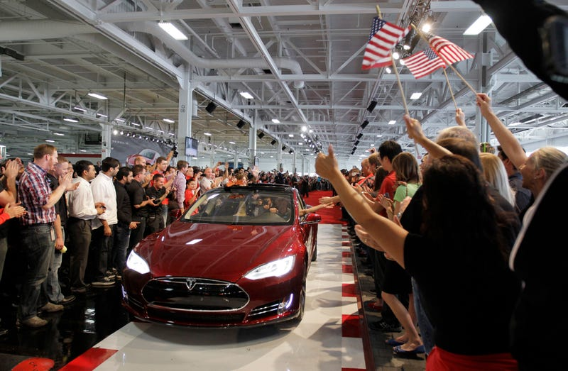 How Texas's Absurd Anti-Tesla Laws Turn Car Buying Into A Joke