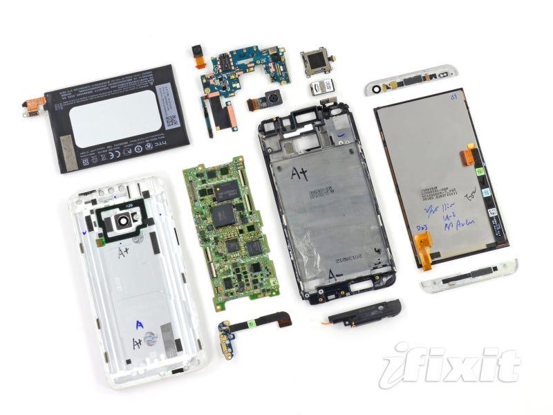 El HTC One es prácticamente imposible de reparar
