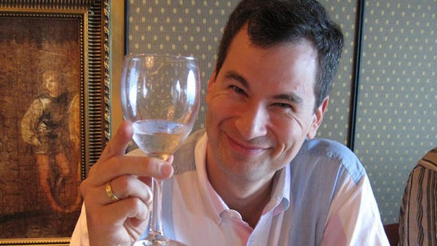 NYT Tech Columnist David Pogue Marries PR Flack Girlfriend