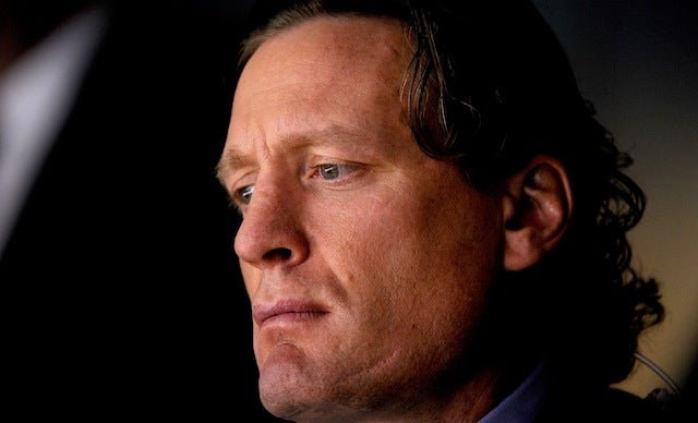 Jeremy Roenick Wants To Make Sure Everything's Legal When He Beats Up This Twitter Troll For Charity